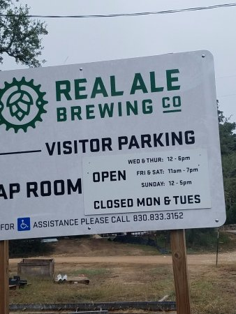 Blanco, TX: Real Ale Sign