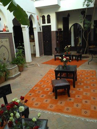Riad Aya: IMG_20171117_090722_large.jpg