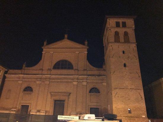 Correggio, İtalya: Basilica di San Quirino