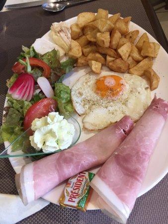 Montendre, Francia: assiette complète