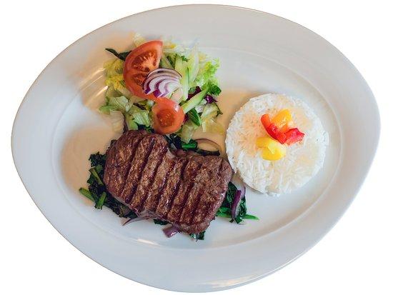 Amadeus Cafe Restaurant Bar: Monostatos Steak