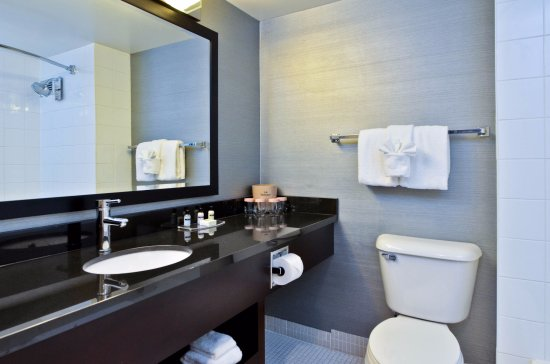Lethbridge, Canada: Bathroom
