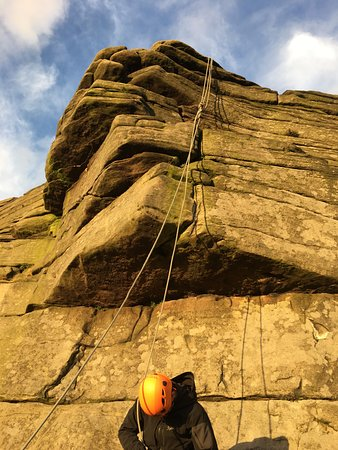 Hope Valley, UK: Climbing an overhang