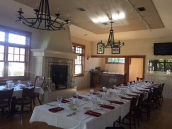 West Bend, WI: Beryl's Parlor available for private events