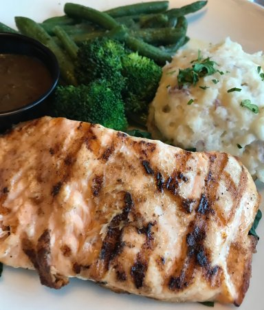 Coralville, IA: Healthy option - salmon and veggie.