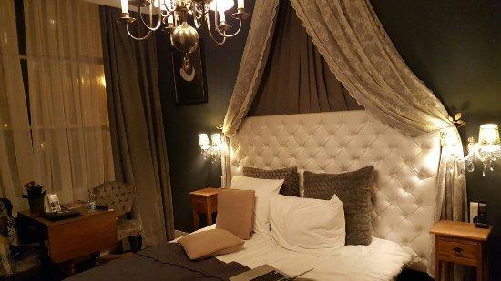 Boutique Hotel Huys van Leyden: 20171114_192207_large.jpg