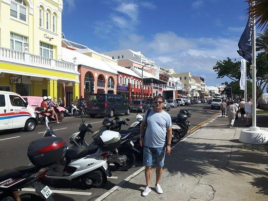 Hamilton, Bermuda: Front Street