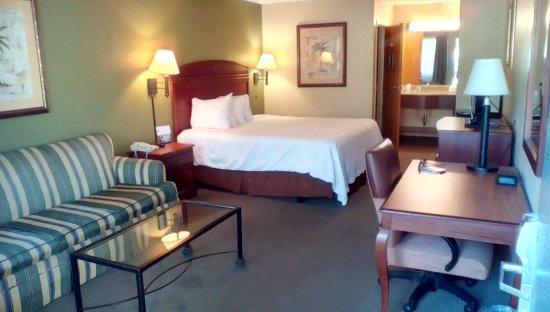 Village Inn of Destin: Our room, 123.