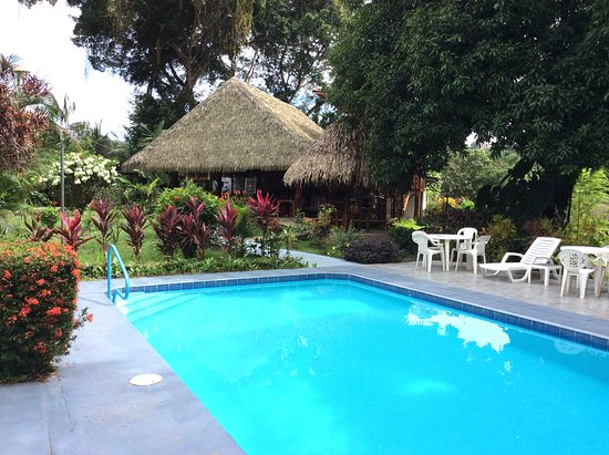 Ojochal, Costa Rica: Tropical and fresh Pool at Diquis del Sur