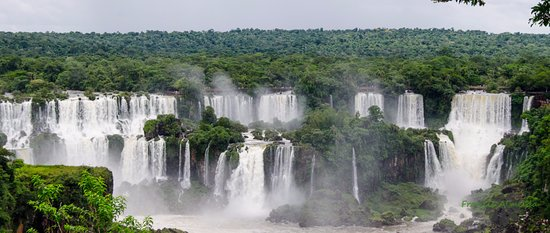 Iguassu by Francis Private tours
