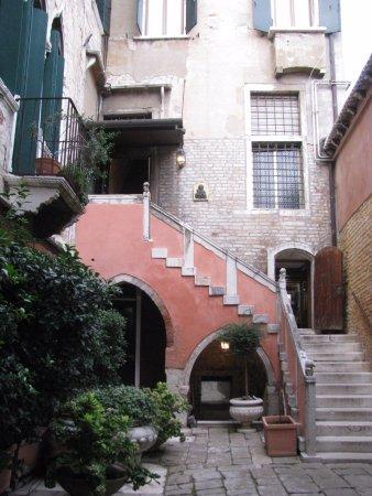 Entrance to Residence Palazzo Odoni