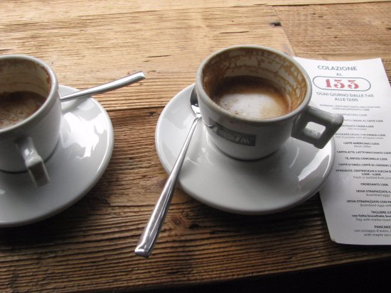 Residence Palazzo Odoni: Coffee in cafes nearby