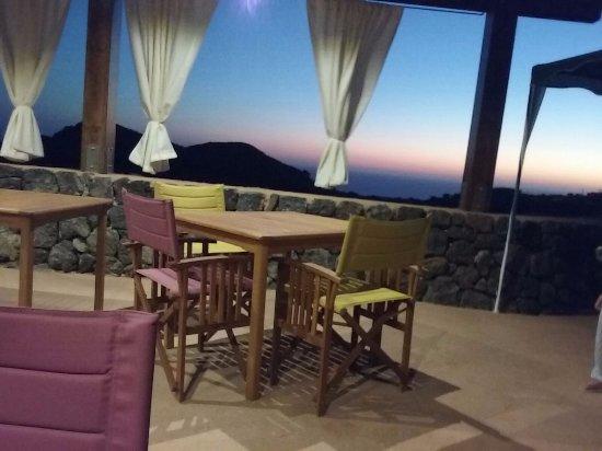 Scauri, Италия: tramonto terrazza Bonomo