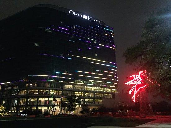 Omni Dallas Hotel Reviews