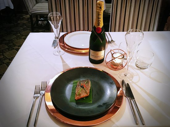 Abbots Bromley, UK: Pan Grilled Sea Bass with Goan creamy cheese spinach