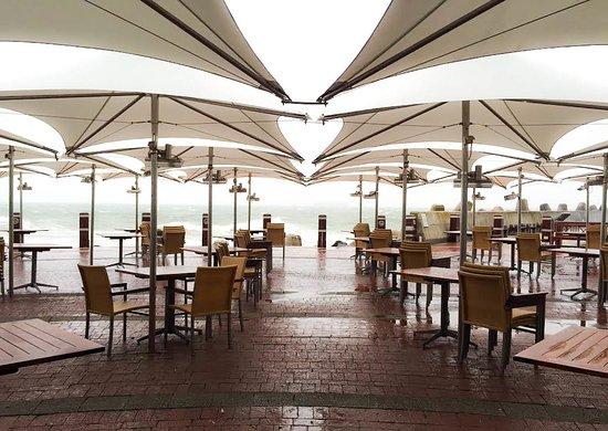 Radisson Blu Hotel Waterfront, Cape Town: Dining