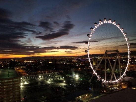 Harrah's Las Vegas: 20171116_055002_large.jpg