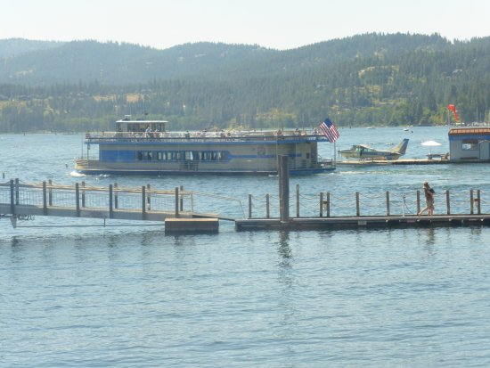 Coeur d'Alene Lake: Tour by lake cruise or scenice flights