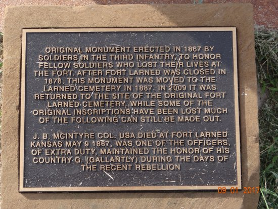 Plaque on monument, Fort Larned