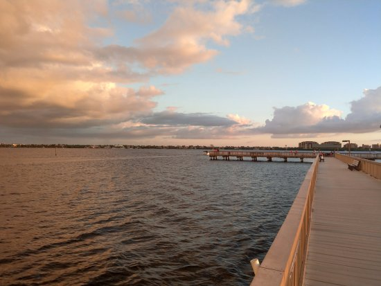 Cape Coral Yacht Club: The Pier