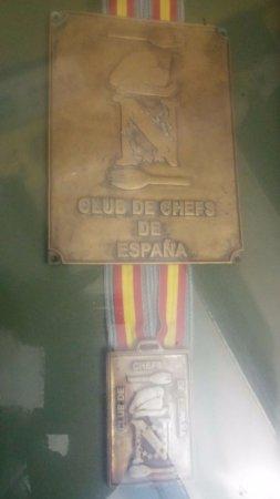 Gaucin, Spain: La gran medalla de nuestro chef Curro.