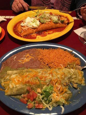 Garner, IA: New name casa patron.   Great service, burritos were excellent, portions sizes just right.  Exce
