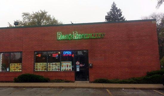 Bensenville, Ιλινόις: front of & entrance to Rose's Restaurant