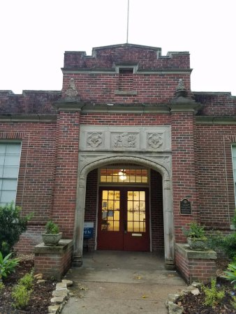 Chappell Hill, TX: The Museum is located in the 1927 public school building, on the grounds of the prior Female Col