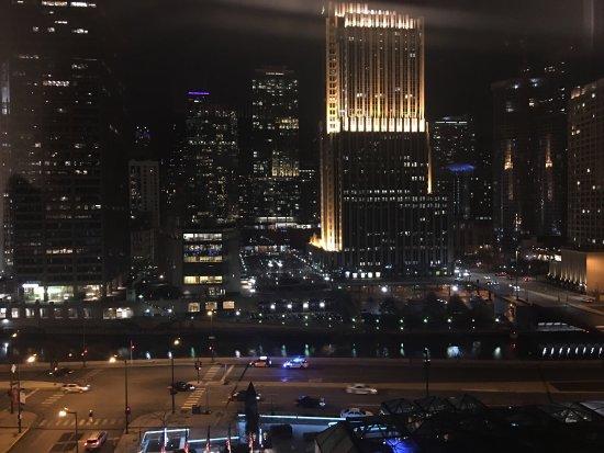 Hyatt Regency Chicago: photo1.jpg