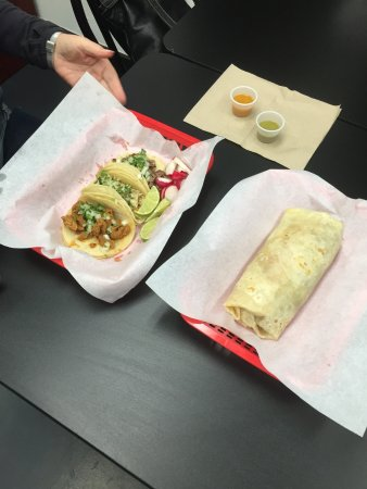 Canby, OR: tacos and burrito
