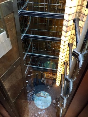 Hotel Urban : looking down the elevator from the fifth floor