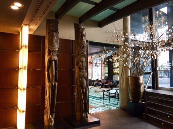 Hotel Urban : lobby bar