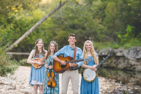 Bluegrass & Gospel - The Petersens