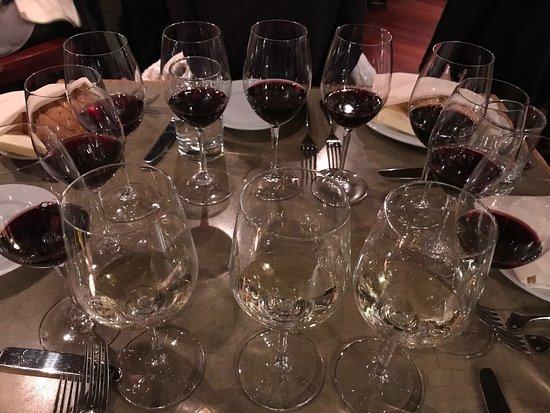 Alta Restaurant & Wine Bar: Wine tasting!