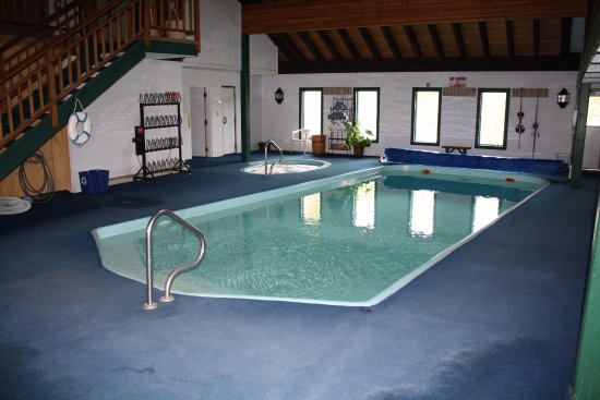 Fraser, CO: Indoor pool, hot tub, and dry sauna!