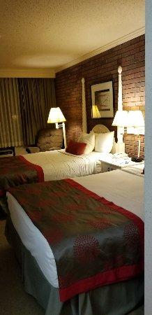 Lewiston, ME: Acceptable hotel
