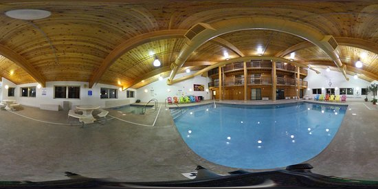 Breezy Point, MN: Pool