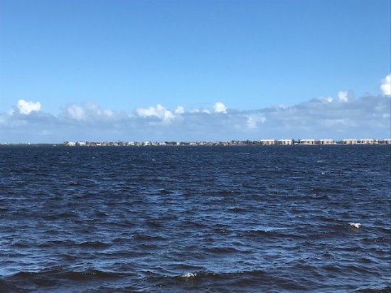 Jensen Beach, Флорида: Indian River from Park Pier