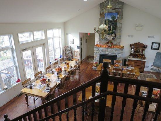 The Inn at Westwynd Farm: Breakfast room
