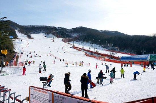 Cheapest Korea Ski Tour with the Dazzling Snow