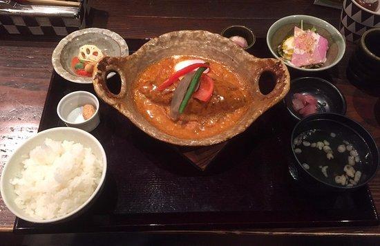Otawara, Japan: 定番シチューハンバーグ菜胡野家風