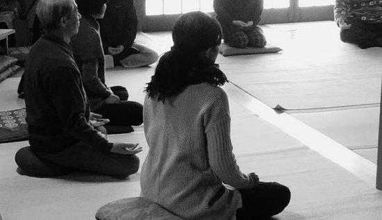 Oamishirasato, Japan: 瞑想会
