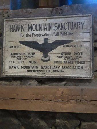 Kempton, Πενσυλβάνια: Hawk Mountain Sanctuary Sign.