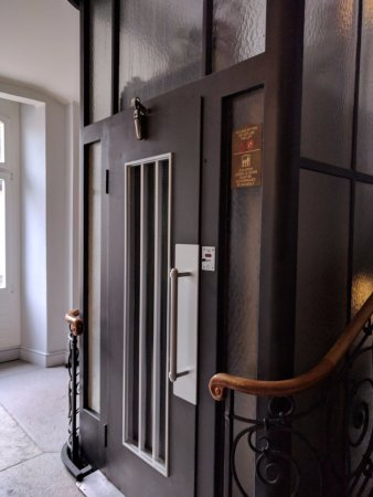Samedan, Suiza: Quaint Lift