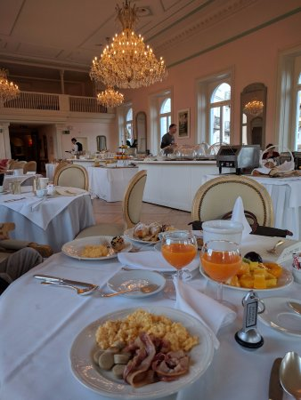 Samedan, Suiza: Breakfast