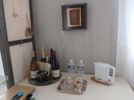 Decines-Charpieu, Frankrike: PLATEAU DE CONVIVIALITE
