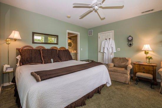 beaver lake cottages updated 2019 prices cottage reviews eureka rh tripadvisor com