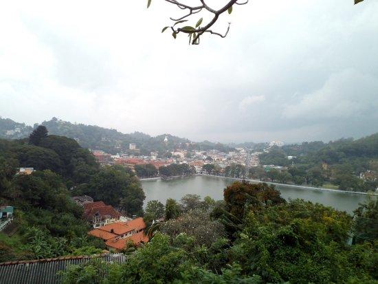 Katunayake, Sri Lanka: Our visit to Candy
