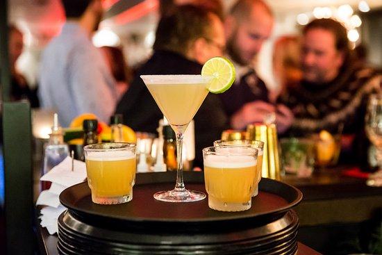 Varberg, السويد: Underbara drinkar på Grappa