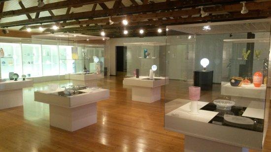 Suomen Lasimuseo (The Finnish Glass Museum): Some filigree glass